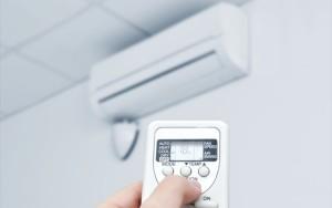 エアコンはつけっぱなしの方がすご~く電気代が安くなるって!目からうろこ♪